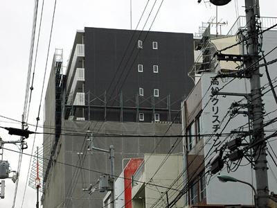 Reare_facade1_2